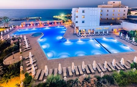 Hotel VUNI PALACE***** Kyrenia, Cipru de Nord | 365 Vacante